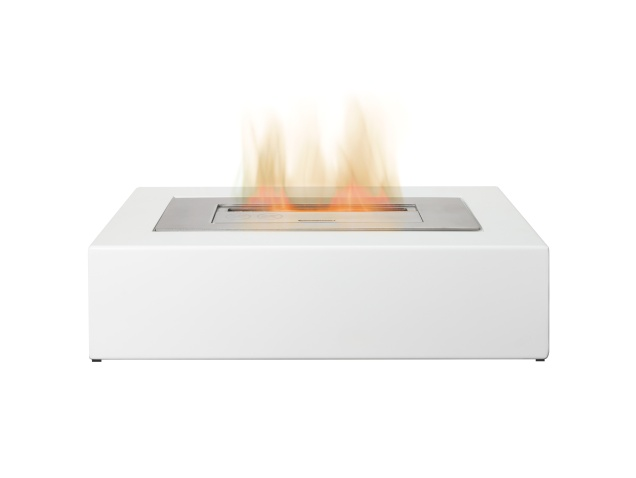 the-curve-freestanding-bio-ethanol-fire-in-white