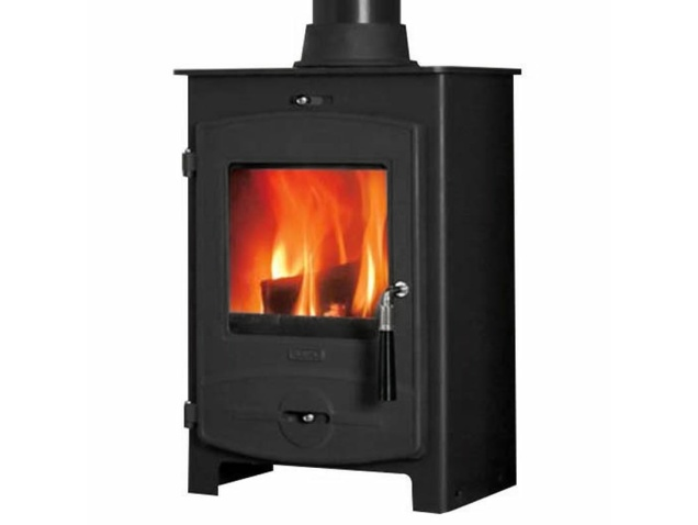 the-no.1-cvo5-multifuel-stove-in-black-by-flavel